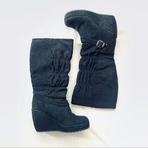 Skechers winter boots size 7
